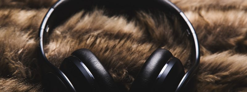 Editing Music Pay Attention To The Quality Of Your Headphones The Coterie Room